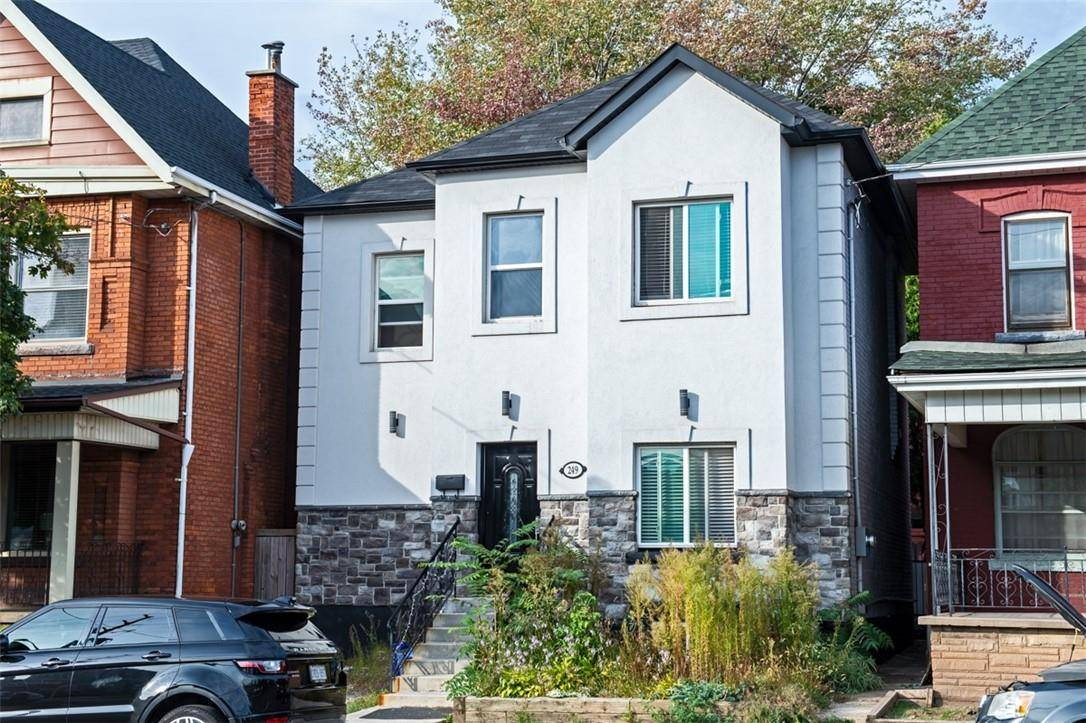 House for sale at 249 Cannon St E Hamilton Ontario - MLS: H4065181