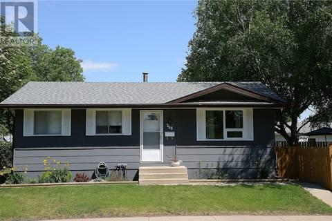 House for sale at 249 Cartier Cres Saskatoon Saskatchewan - MLS: SK766234