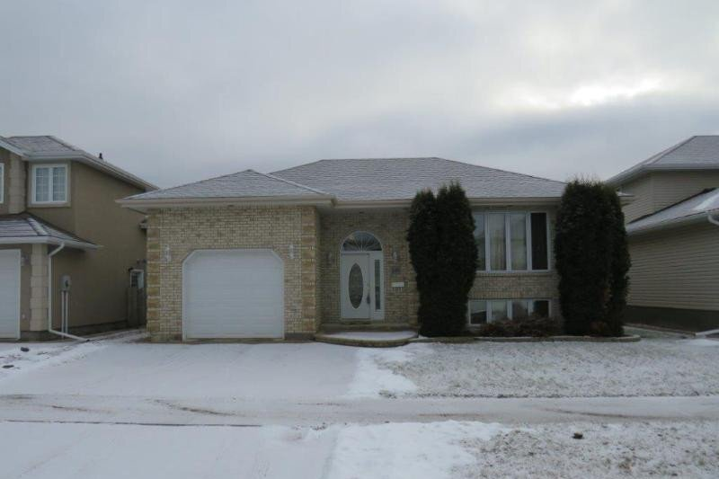 House for sale at 249 Cedarview By Thunder Bay Ontario - MLS: TB202879