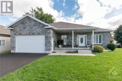 House for sale at 249 Lera St Smiths Falls Ontario - MLS: 1209716