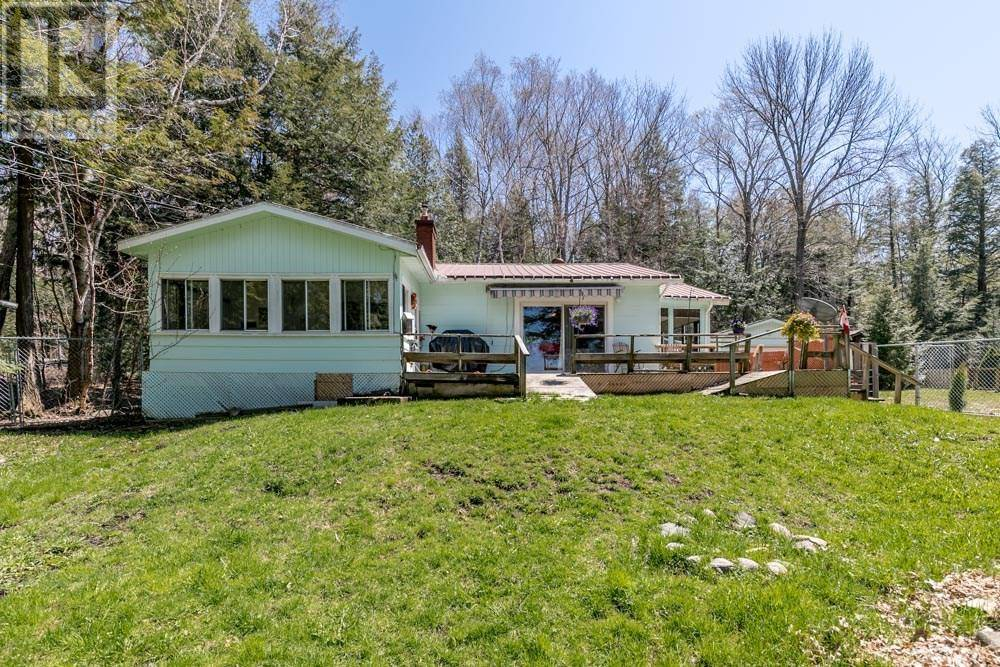 House for sale at 2492 Champlain Rd Tiny Ontario - MLS: 195924