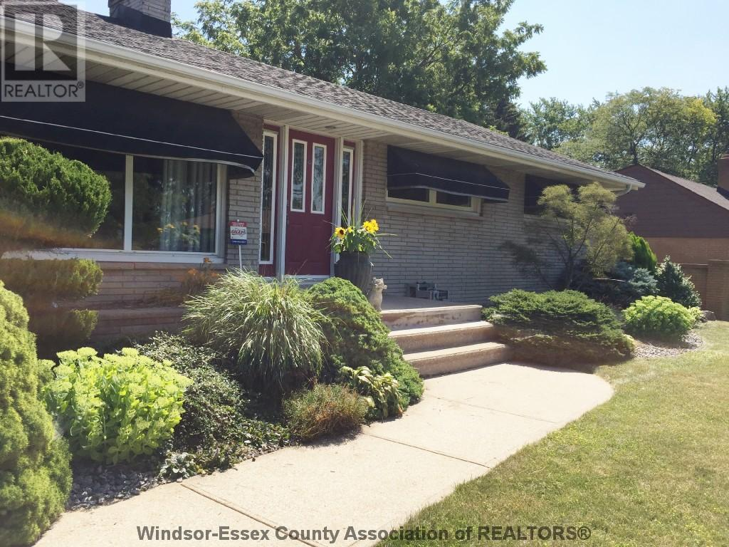 Removed: 2494 Alexandra , Windsor, ON - Removed on 2017-08-11 22:08:02