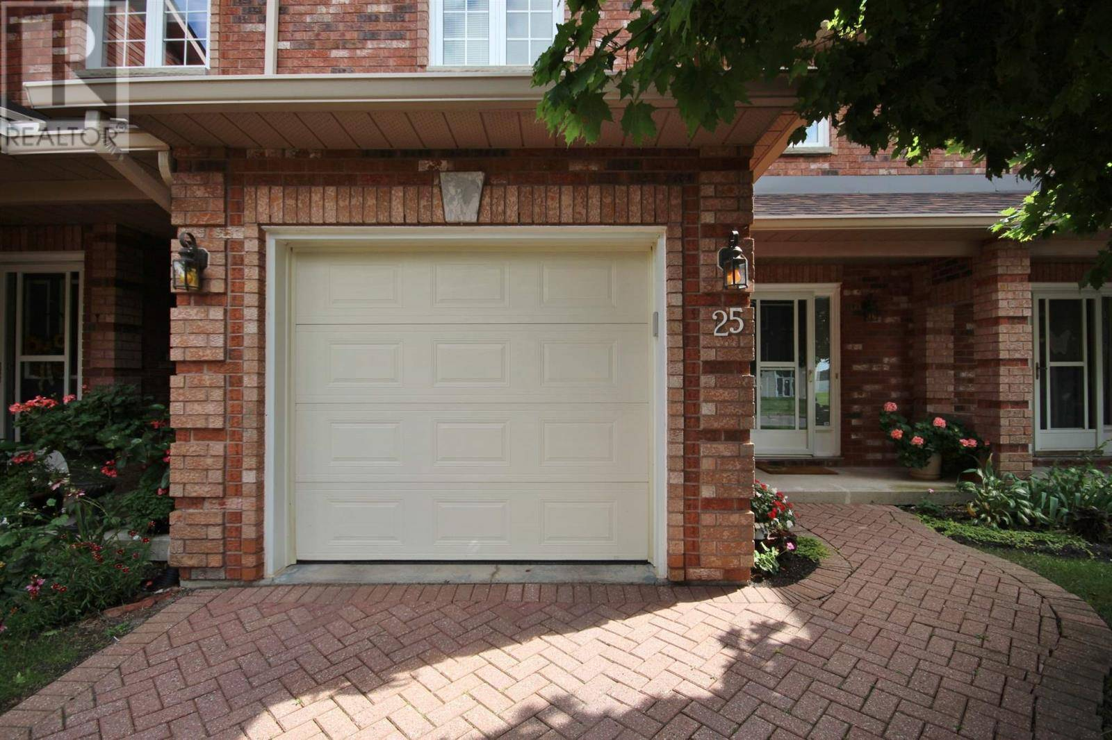 Townhouse for sale at 1098 King St Unit 25 Kingston Ontario - MLS: K20000837