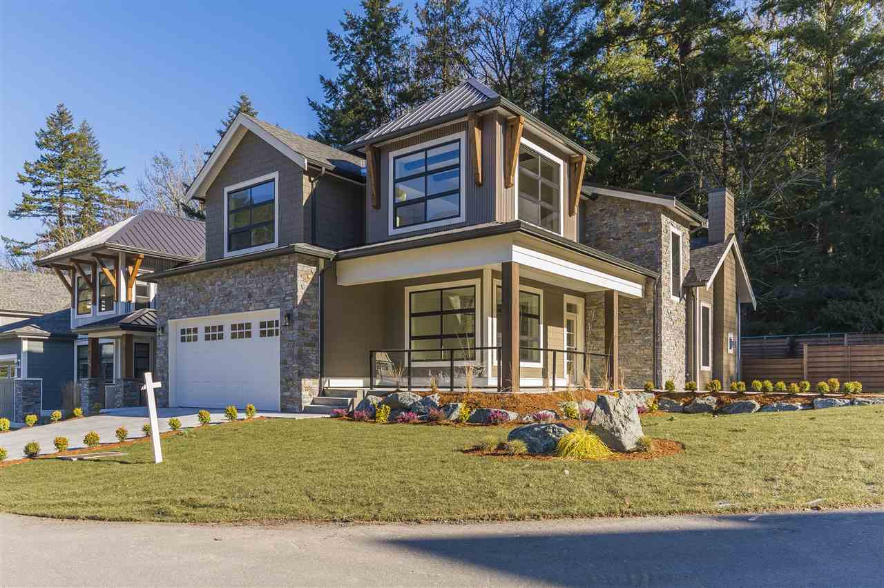 Buliding: 1885 Columbia Valley Road, Lindell Beach, BC