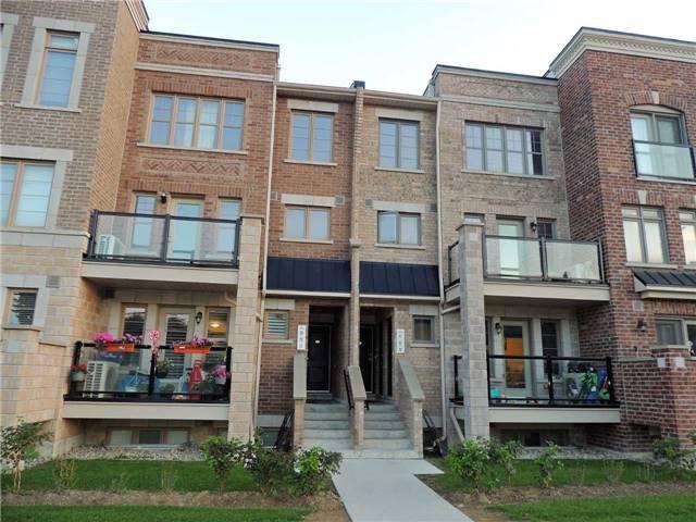 Buliding: 2335 Sheppard Avenue, Toronto, ON