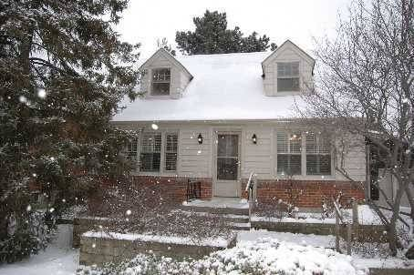 House for rent at 25 Ancona St Toronto Ontario - MLS: C4704164