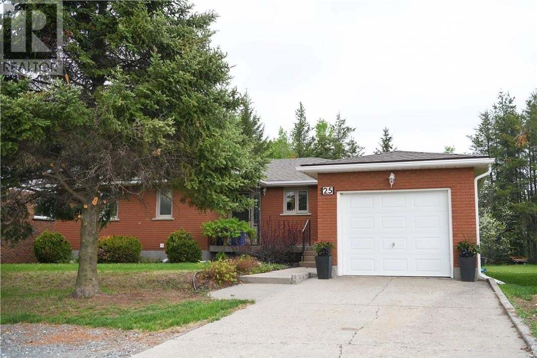 House for sale at 25 Aspen Ct Capreol Ontario - MLS: 2085458
