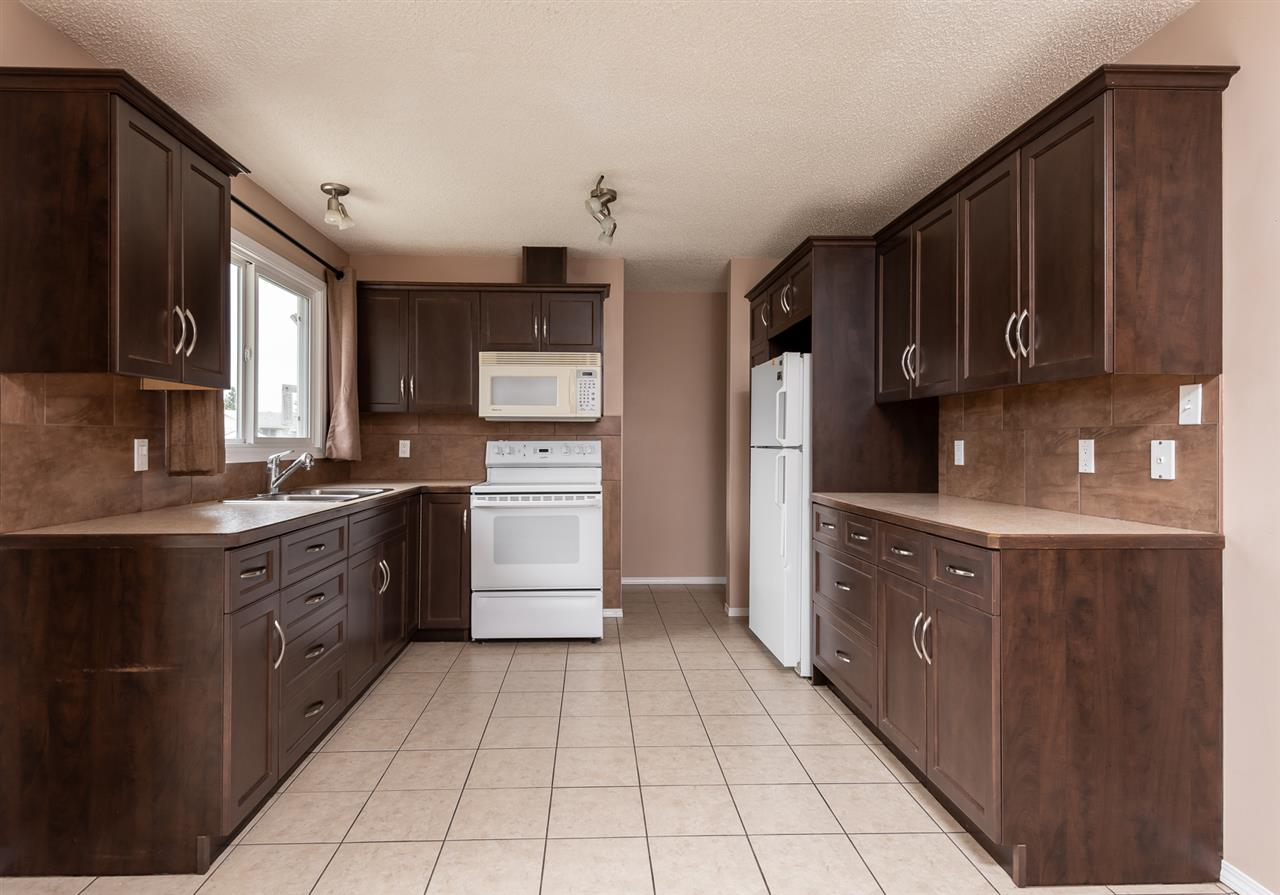 For Sale: 25 Beechmont Crescent, Spruce Grove, AB | 5 Bed, 2 Bath House for $309,900. See 26 photos!
