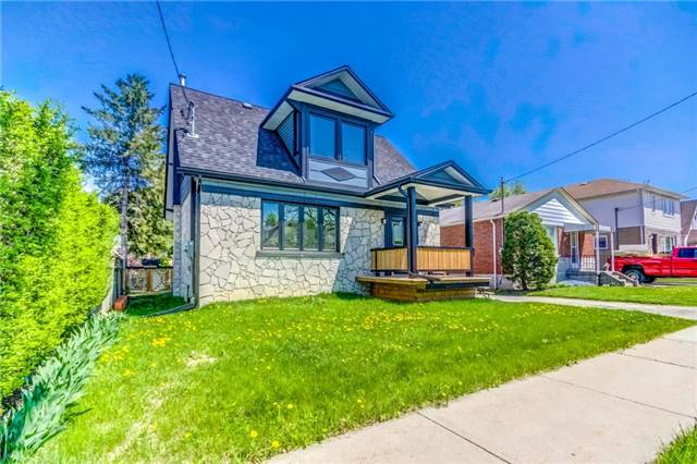 For Sale: 25 Bergen Road, Toronto, ON | 2 Bed, 3 Bath House for $699,000. See 20 photos!