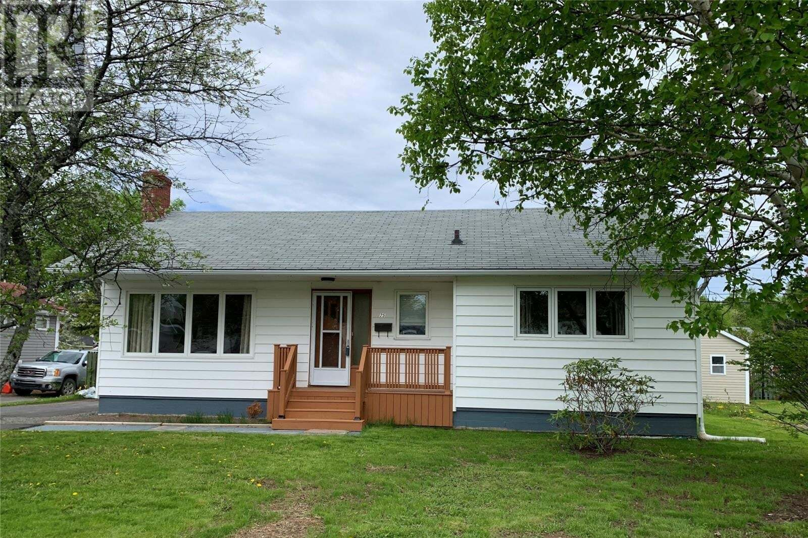 House for sale at 25 Birch St Grand Falls - Windsor Newfoundland - MLS: 1212084