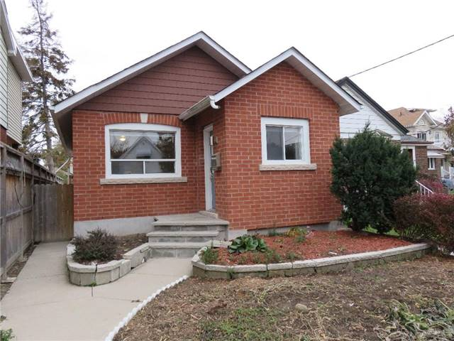 For Rent: 25 Buttonwood Avenue, Toronto, ON | 2 Bed, 2 Bath House for $1,890. See 20 photos!