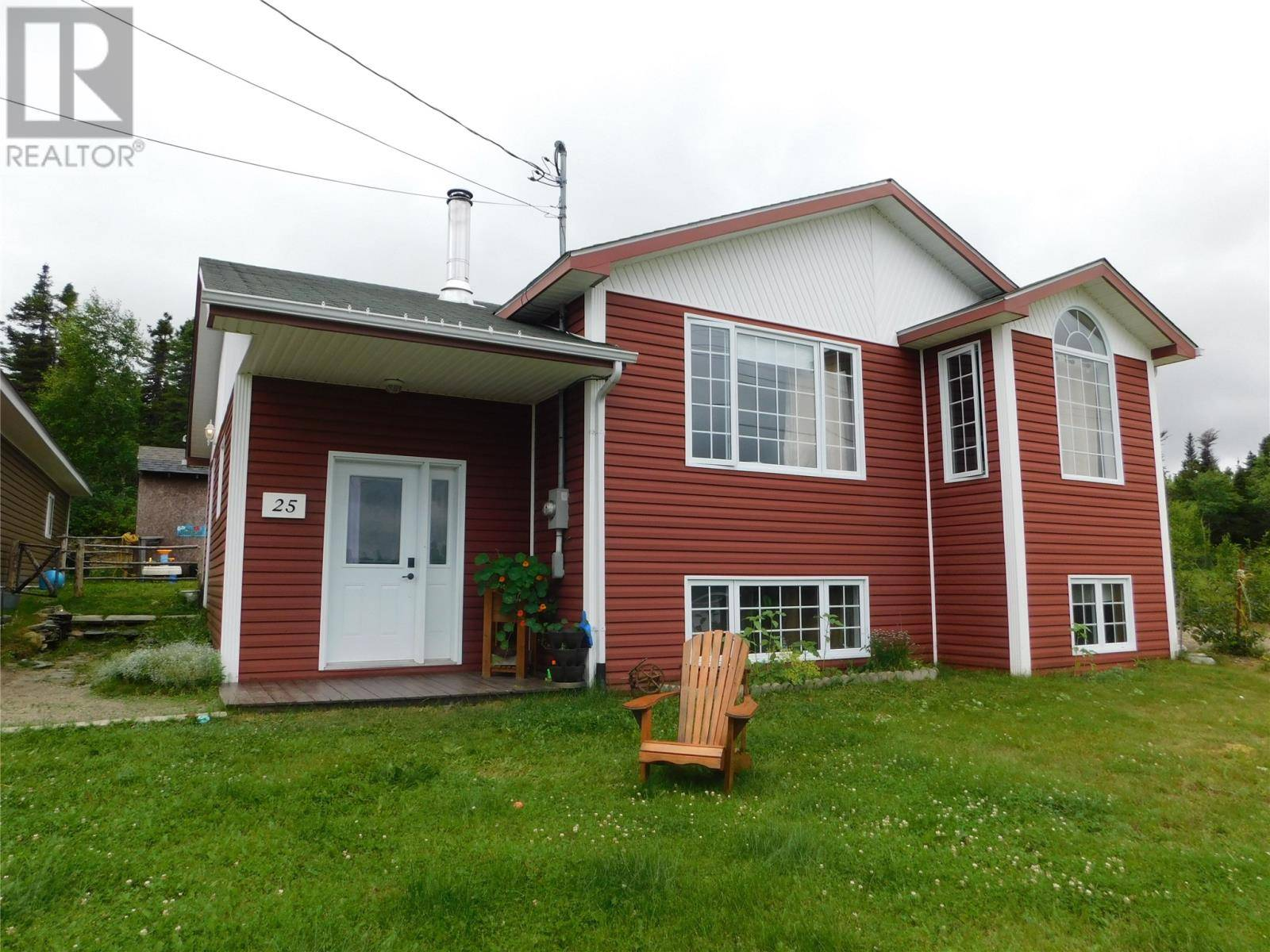House for sale at 25 Clearview Cres Glovertown Newfoundland - MLS: 1211331