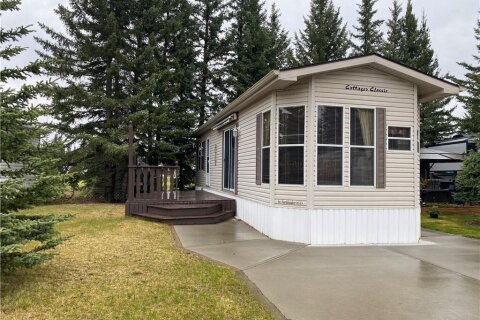 Home for sale at 25 Coyote Creek  Rural Mountain View County Alberta - MLS: C4297140