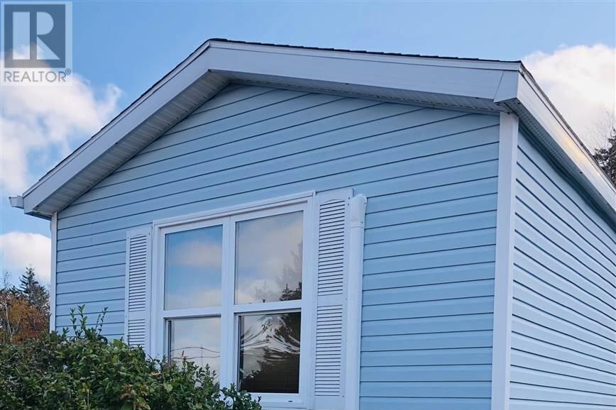 Home for sale at 25 Earleton Ave Dartmouth Nova Scotia - MLS: 202022246