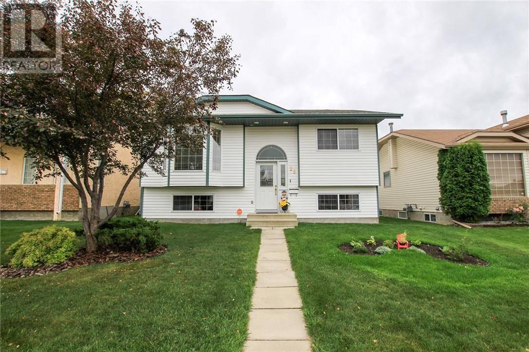 House for sale at 25 Eline St Red Deer Alberta - MLS: ca0178272