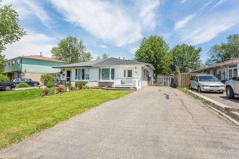 Townhouse for sale at 25 Glenmore Cres Brampton Ontario - MLS: W4483775