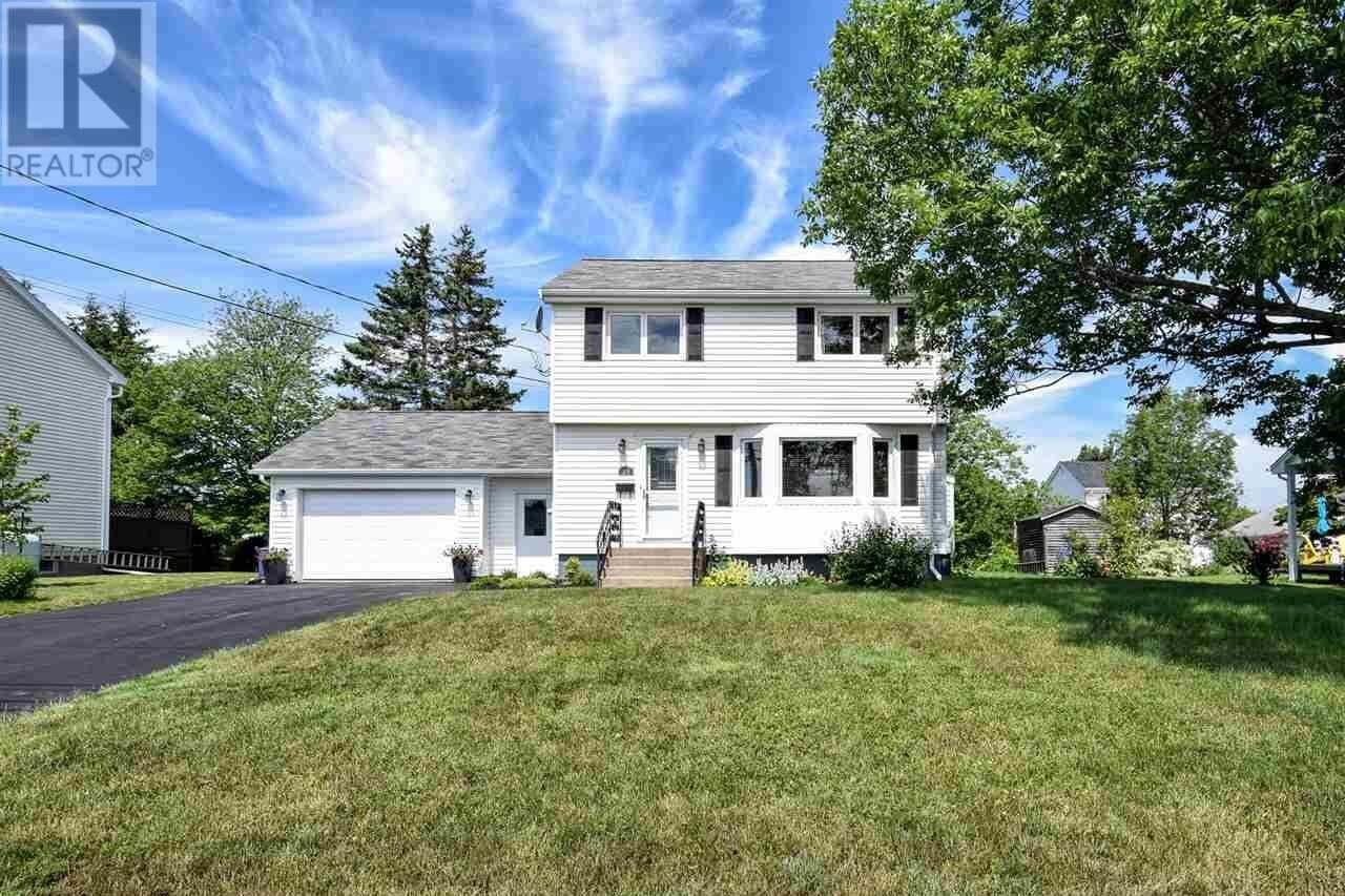 House for sale at 25 Glenn Ave Dartmouth Nova Scotia - MLS: 202013047
