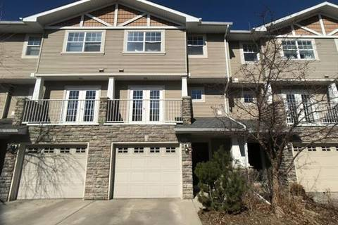 Townhouse for sale at 25 Inglewood Gr Southeast Calgary Alberta - MLS: C4236954