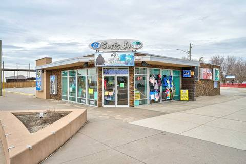 Commercial property for sale at 25 Main St Wasaga Beach Ontario - MLS: S4421202