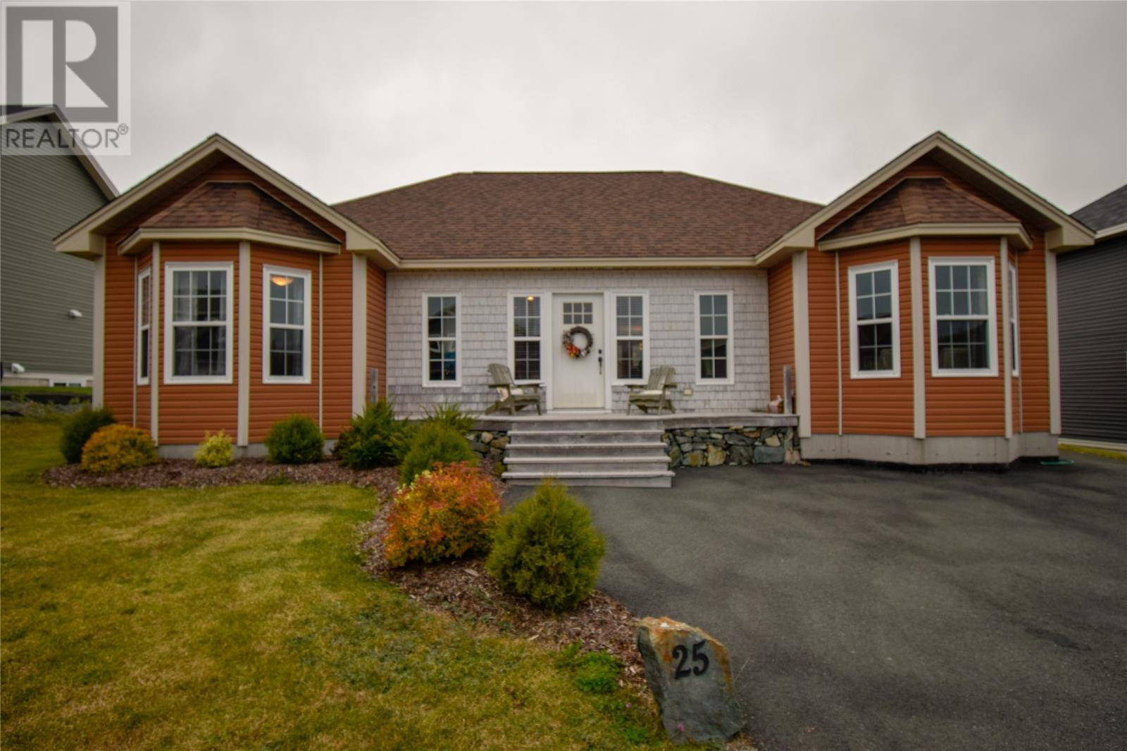 House for sale at 25 Newbury St Portugal Cove/st. Philip's Newfoundland - MLS: 1204612