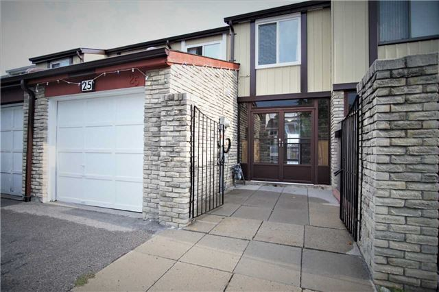 Sold: 25 Newdawn Crescent, Toronto, ON