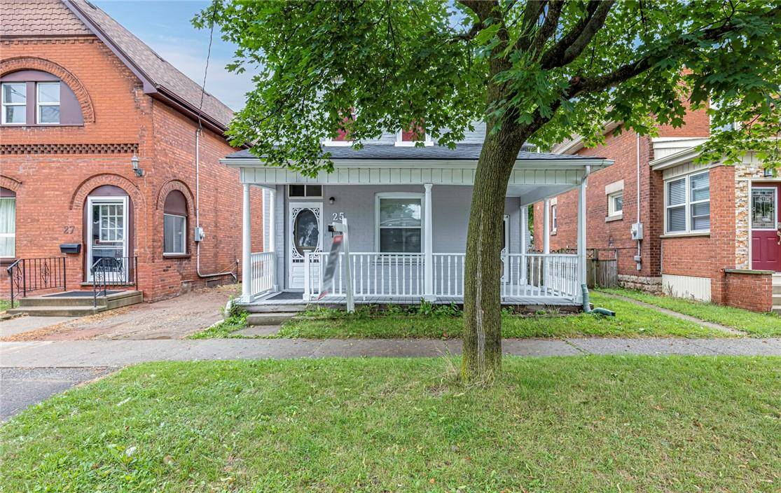 House for sale at 25 Pearl St Brantford Ontario - MLS: H4062861