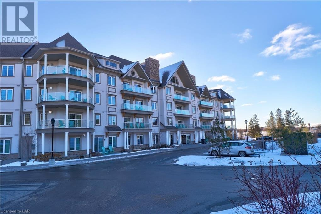 Condo for sale at 25 Pen Lake Point Rd Huntsville Ontario - MLS: 40049954