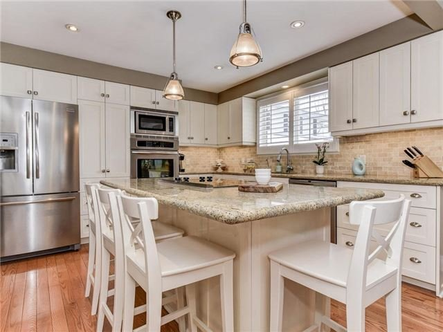 For Sale: 25 Ward Street, Whitby, ON | 4 Bed, 4 Bath House for $1,184,000. See 13 photos!
