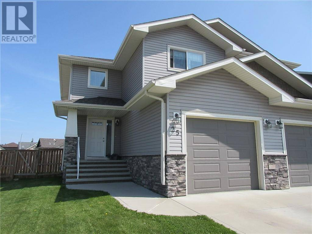Townhouse for sale at 25 Windermere Cs Red Deer Alberta - MLS: ca0176014