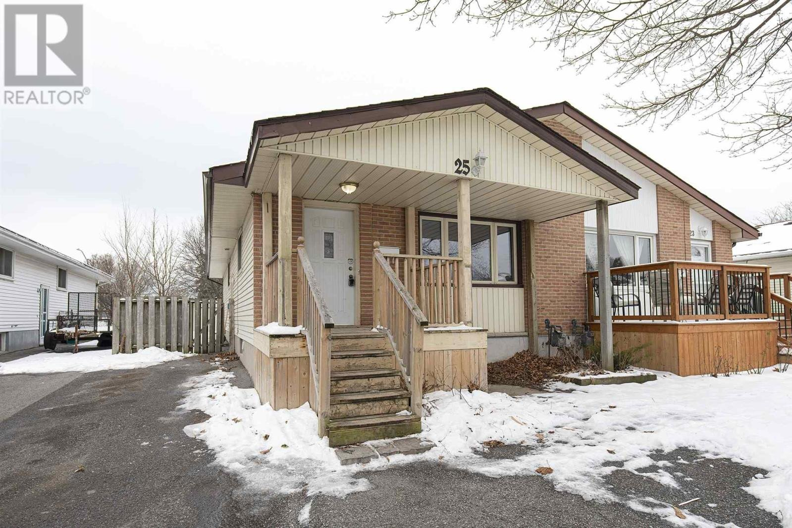 House for sale at 25 Wycliffe Cres Kingston Ontario - MLS: K21000143