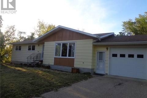 House for sale at 250 2nd Ave W Bengough Saskatchewan - MLS: SK767492