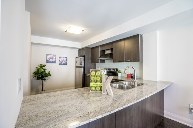 For Sale: 250 - 318 John Street, Markham, ON | 2 Bed, 2 Bath Condo for $629,900. See 20 photos!