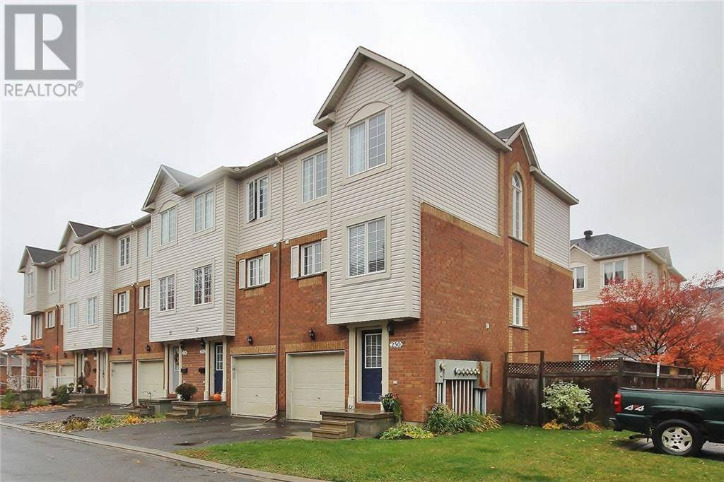 Townhouse for sale at 90 Edenvale Dr Unit 250 Kanata Ontario - MLS: 1173842