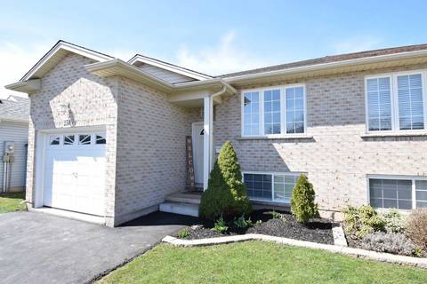 Townhouse for sale at 250 Autumn Cres Welland Ontario - MLS: X4425547