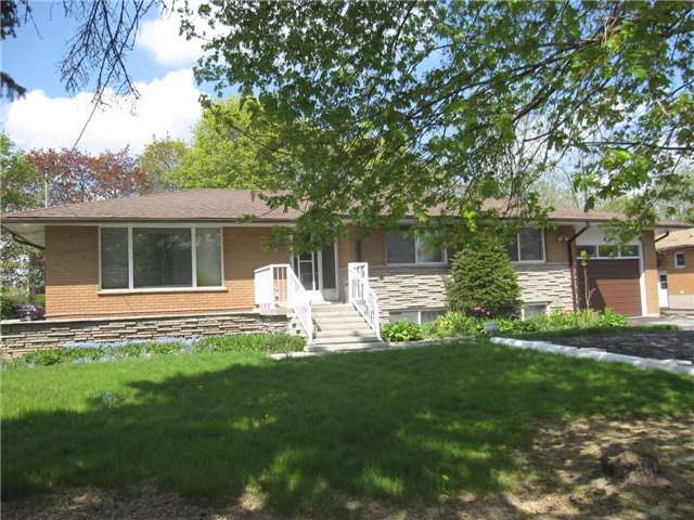 Removed: 250 Barrie Street, Bradford West Gwillimbury, ON - Removed on 2017-07-21 05:47:52