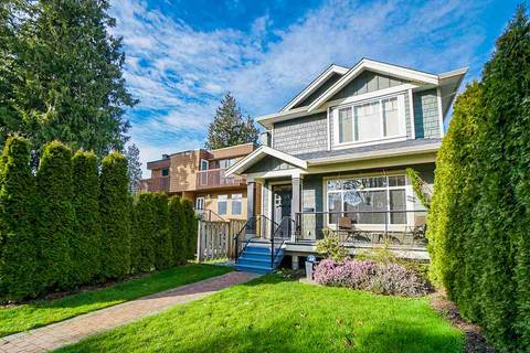 Townhouse for sale at 250 17th St E North Vancouver British Columbia - MLS: R2439246