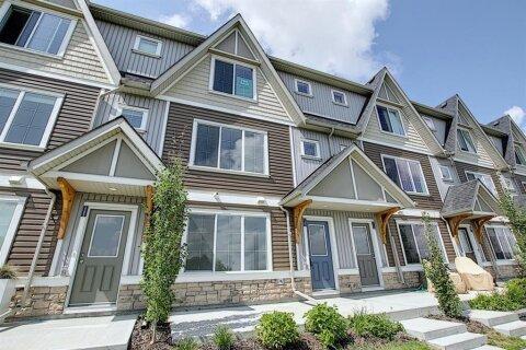 Townhouse for sale at 250 Fireside  Vw Cochrane Alberta - MLS: A1019017