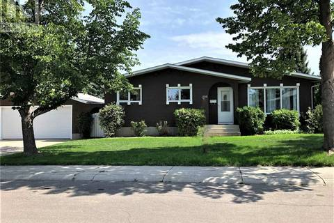 House for sale at 250 Frobisher Cres Saskatoon Saskatchewan - MLS: SK771366