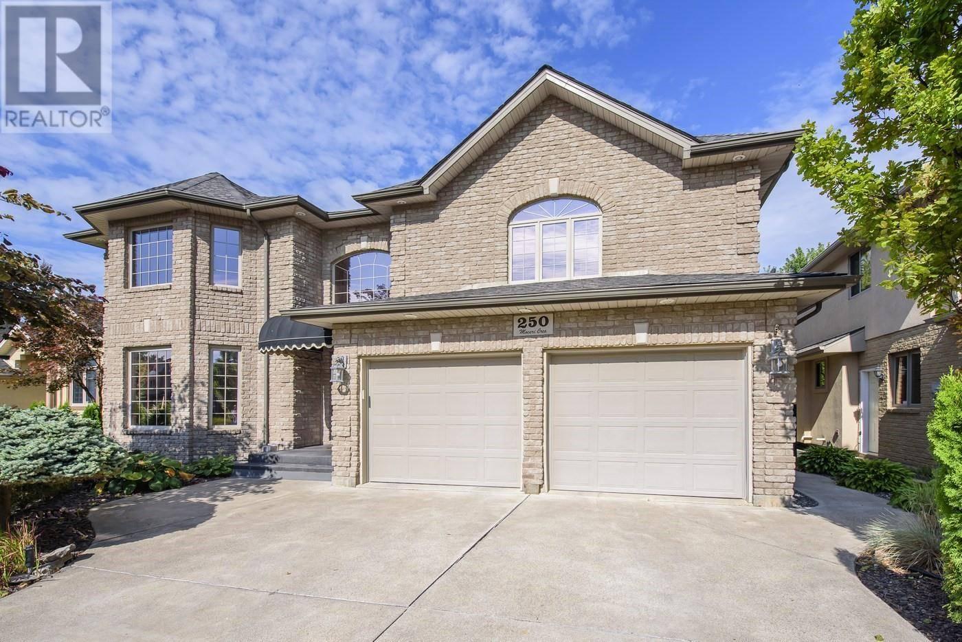 House for sale at 250 Moceri  Lakeshore Ontario - MLS: 19023664