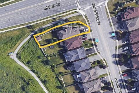250 Sawmill Valley Drive, Newmarket   Image 2