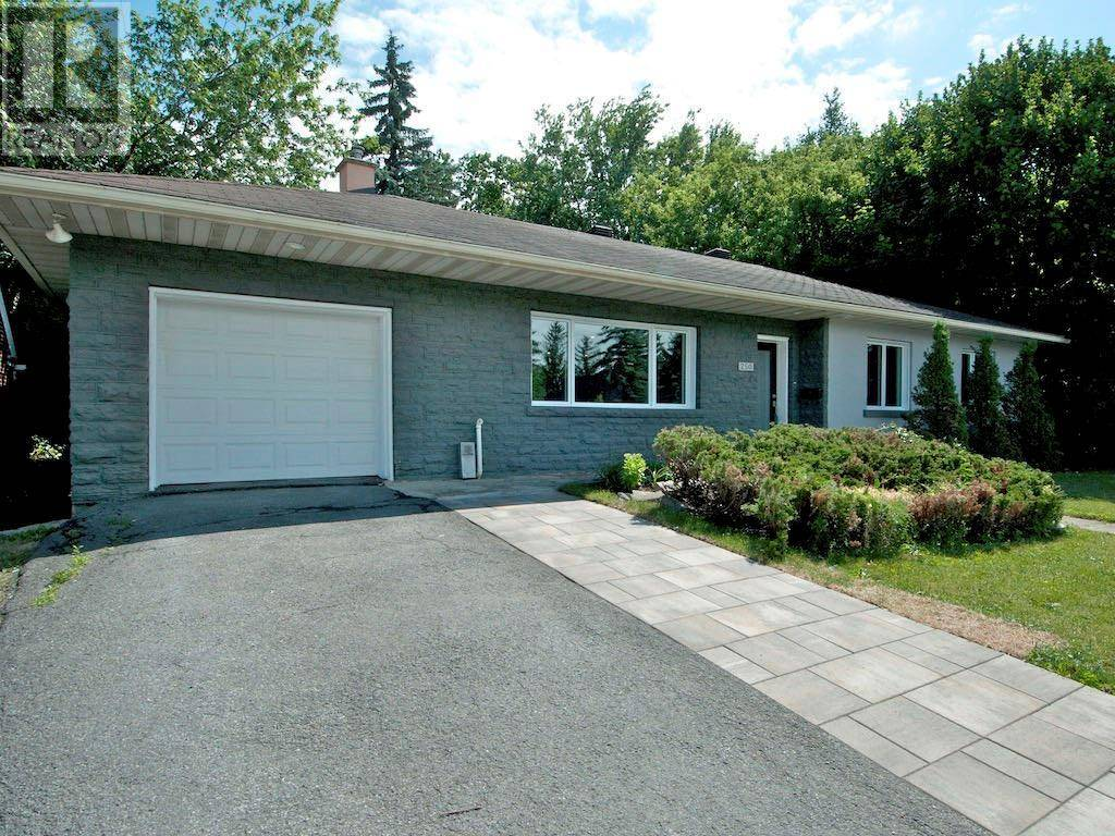 House for sale at 250 Smyth Rd Ottawa Ontario - MLS: 1186900