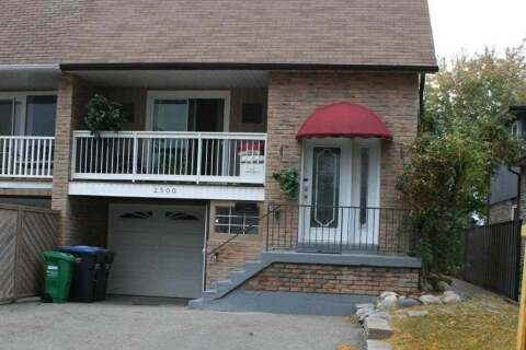 Townhouse for sale at 2500 Cobbinshaw Circ Mississauga Ontario - MLS: W4934691