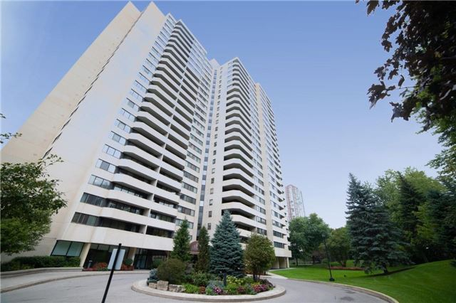Buliding: 75 Wynford Heights Crescent, Toronto, ON