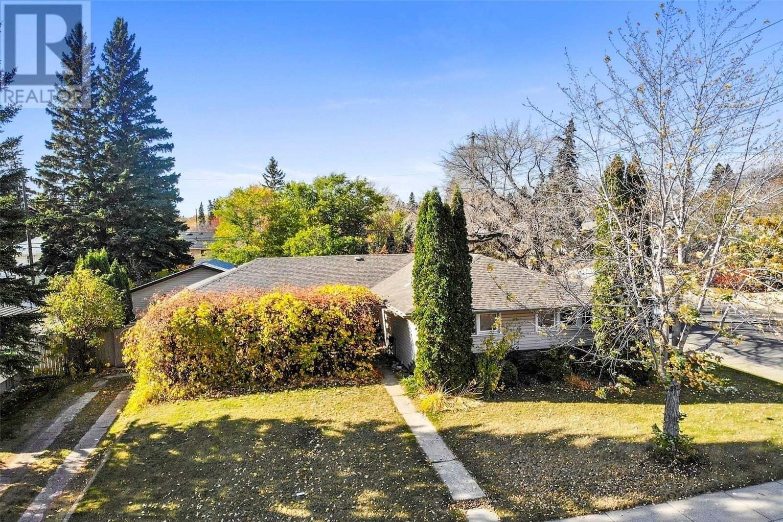 House for sale at 2502 William Ave Saskatoon Saskatchewan - MLS: SK828634