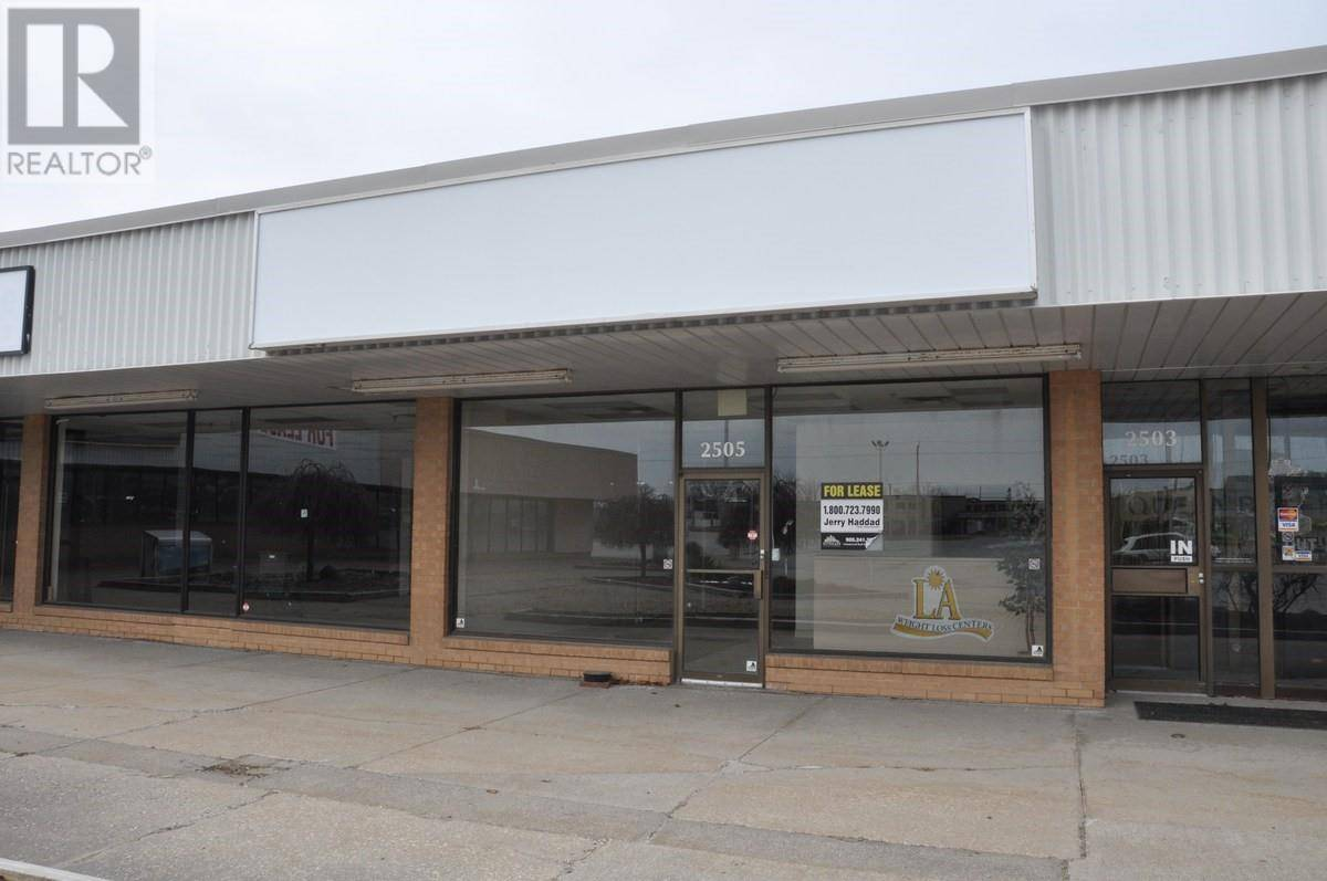 Commercial property for lease at 2505 Dougall  Windsor Ontario - MLS: 19012386