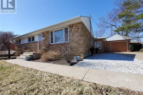 House for sale at 2509 Dominion  Windsor Ontario - MLS: 19015474