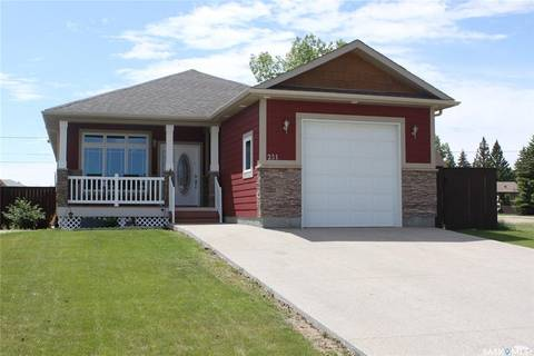 House for sale at 251 11th Ave W Melville Saskatchewan - MLS: SK803381