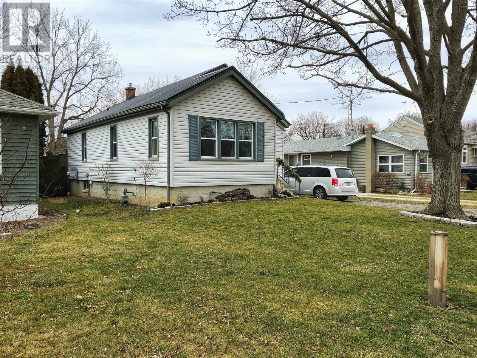 Removed: 251 Forest Street, Chatham, ON - Removed on 2020-03-11 06:45:16