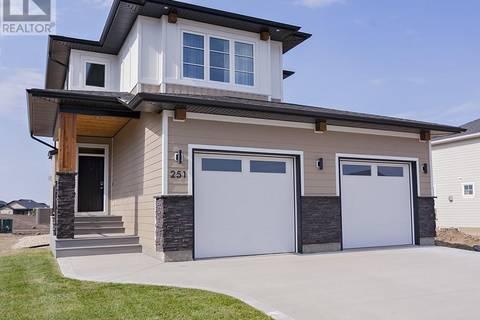 House for sale at 251 Greyeyes-steele Wy Saskatoon Saskatchewan - MLS: SK765999