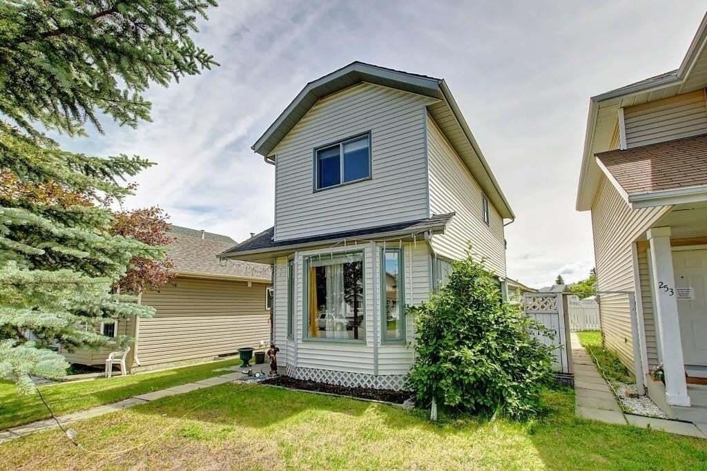 House for sale at 251 Martindale Blvd Northeast Calgary Alberta - MLS: C4274552